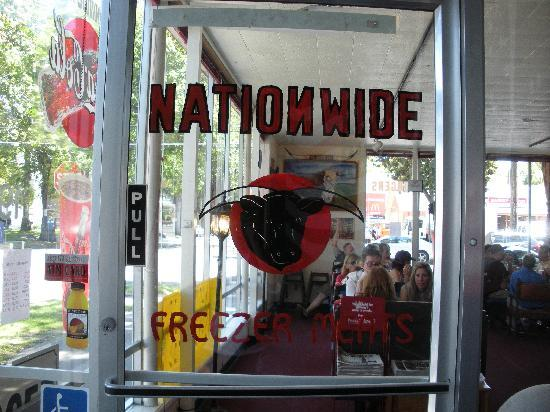 Nationwide Freezer Meats: Don't miss the entrance. We walked past it the first time.