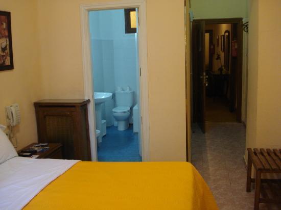 Hotel Residencia Lisboa: My room