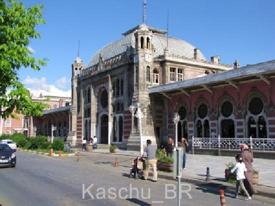 Sirkeci Station: Sirkeci Train Station - front entrance