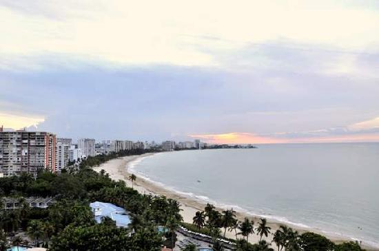 Isla Verde, Puerto Rico: Don't let the view fool you.