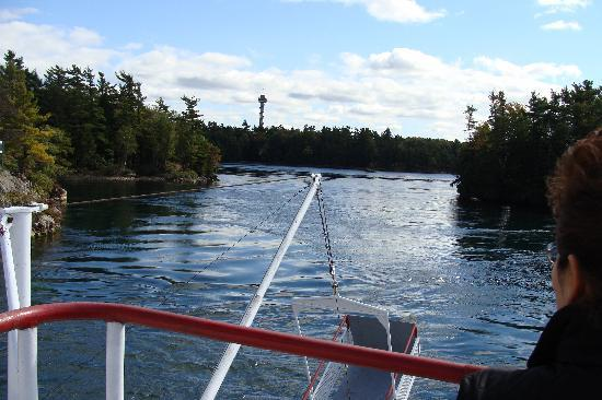Gananoque, Canadá: boat tour inThousand Islands