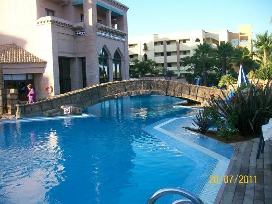 Playacanela Hotel : Otra vista de la piscina