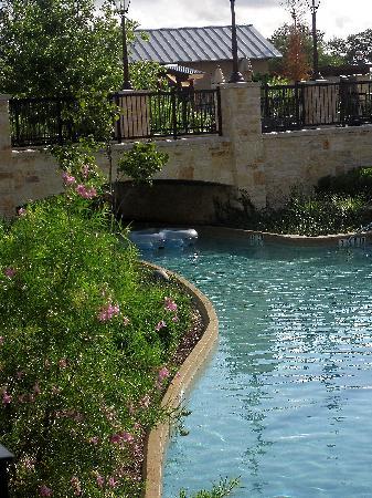 JW Marriott San Antonio Hill Country Resort & Spa: The lazy river