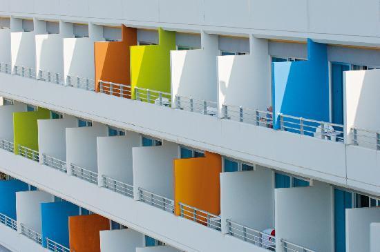 Mediterranean Beach Hotel: Hotel View
