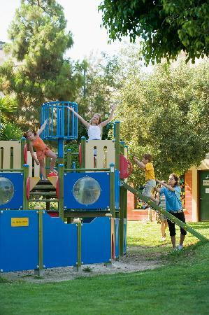 Mediterranean Beach Hotel: Children's Playground