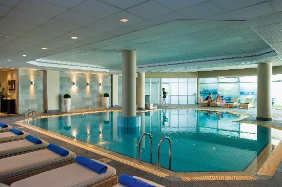 Mediterranean Beach Hotel: Indoor Pool