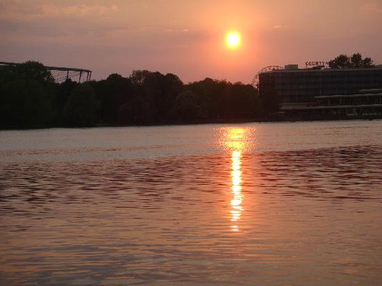Pier 51 : Hannover sunset III