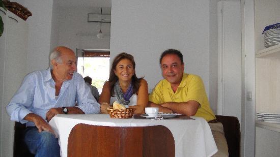 Zia Maria Home: Roberto y Tonia conmigo