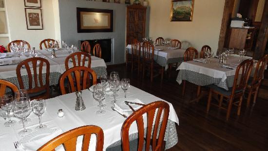 Restaurante el yantar de pedraza en pedraza con cocina for Restaurante el jardin pedraza