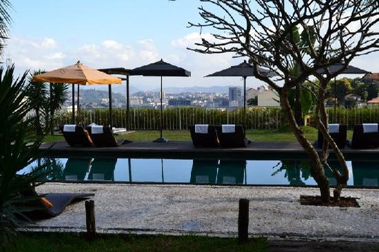 Santa Teresa Hotel RJ MGallery By Sofitel: pool and view