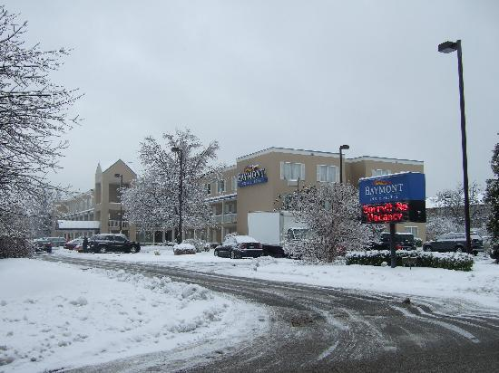 Baymont Inn & Suites Louisville East: Winter - 2 yrs ago