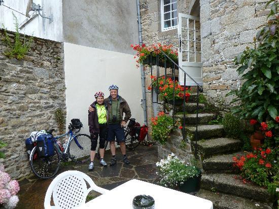 Residence des Perles : Photo de nous prise par Mme Cadiou