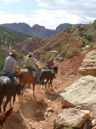 Hondoo Rivers and Trails: trail