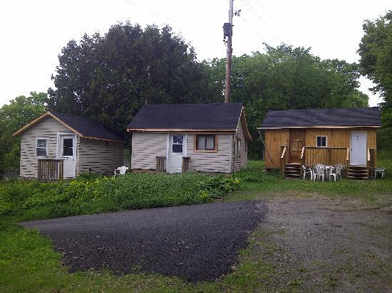 Silver Maple Motel: Cabins offered onsite