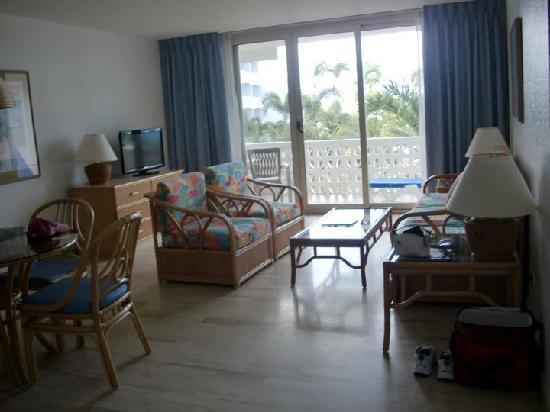Royal Islander Club La Plage: 1-bedroom typical layout