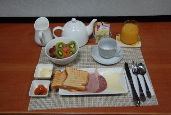 Casa del Horno: continental breakfast
