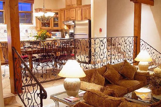 Hotel La Fonda de Taos: Plaza Penthouse