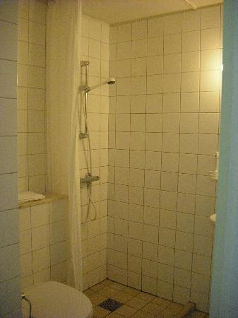 Loegstoer, Denemarken: Bathroom