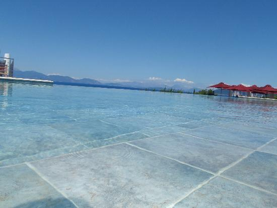 Fiscardo, Greece: Main Swimming Pool