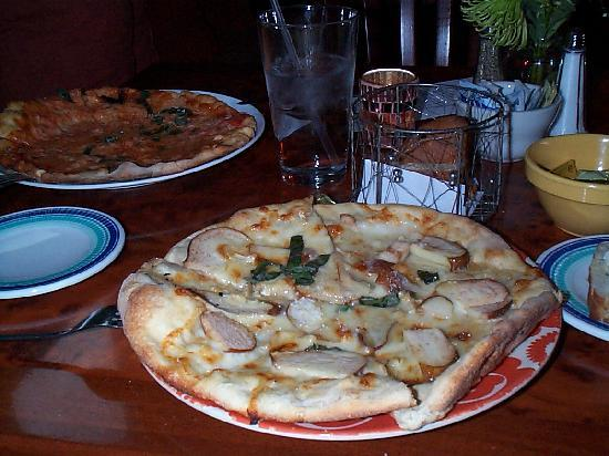 Caffe Galleria: dinner with brie /pear pizza (front) and NY style pizza (back)
