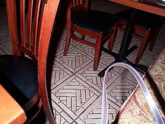 Caffe Galleria: real stone floor - I love that!