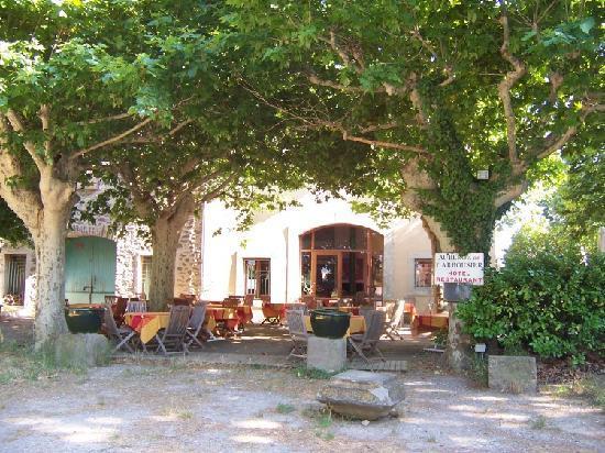 Homps, Francia: Auberge de L'Arbousier