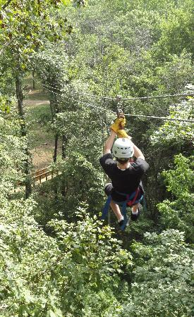 Eagle Falls Ranch Zipline Adventures: Zip
