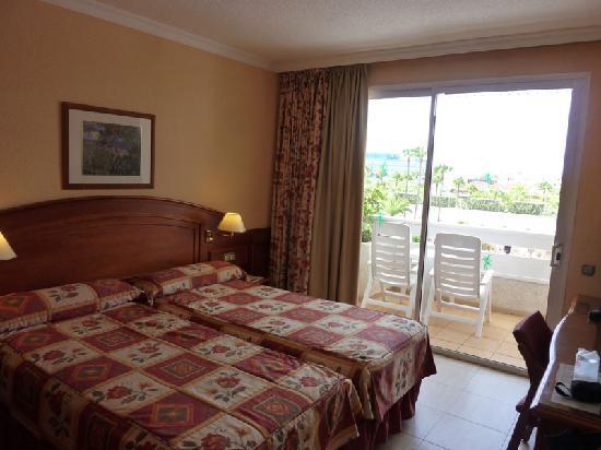 Spring Hotel Vulcano: Twin room