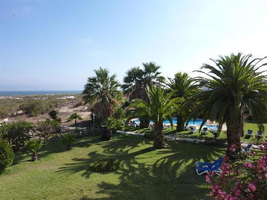 Praia da Lota Resort: Pool area