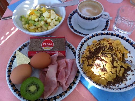Hotel Excelsior: Härlig frukost!