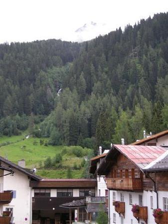 Hotel Am Dorfplatz: Blick vom Balkon