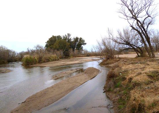 Villa Maria, Αργεντινή: El rio Ctalomochita en invierno