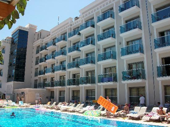 Hotel Emre: GREAT VEIW FROM THE POOL