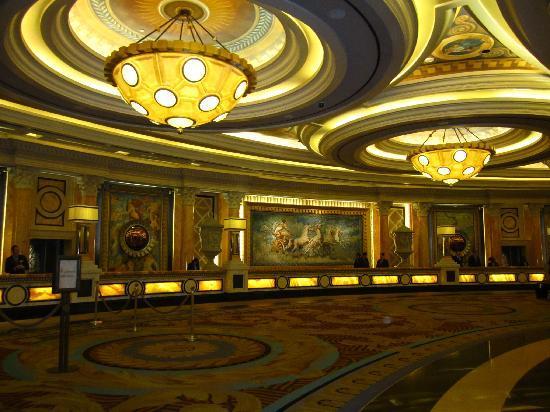 leckstuhl caesars palace preise