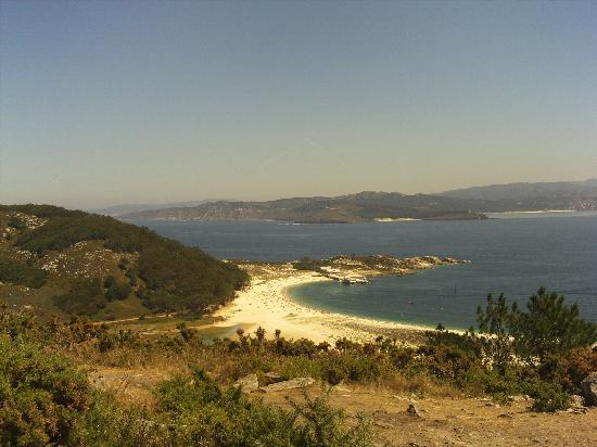 Playa de Rodas: playa y rocas