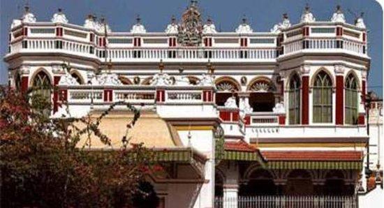 Hotel Nachia Palace