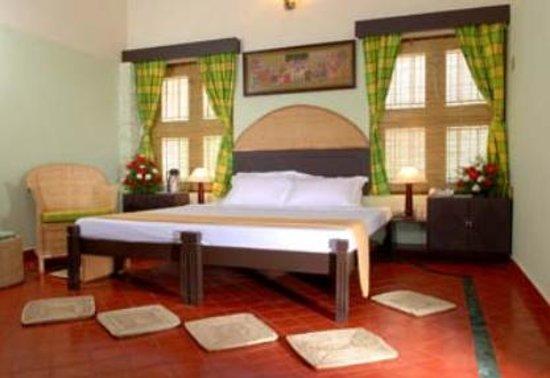 Aadithyaa Resorts Lakeside