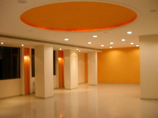 ZiP by Spree Hotels Vadodara: Swastik Hotel