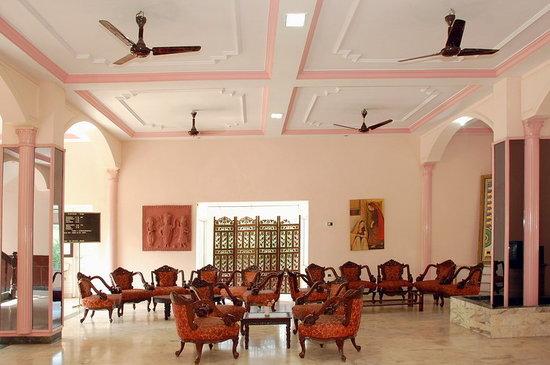 Utsav Hotel