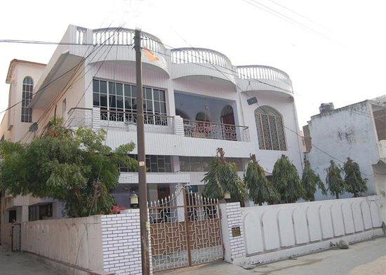 Maa Ganga Haveli ( Home Stay )
