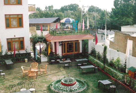Kashmir Khalsa Hotel