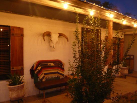 Balmorhea, TX: Eleven Inn