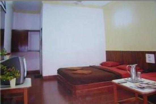 Dwarka Hotel