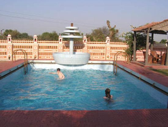 Hotel Jamuna Resort