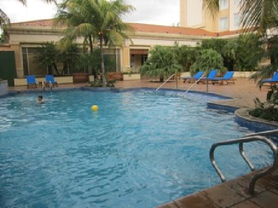 Real InterContinental Managua at Metrocentro Mall: pool area