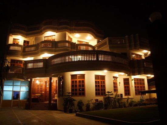 Pooja's Delhi Bed & Breakfast
