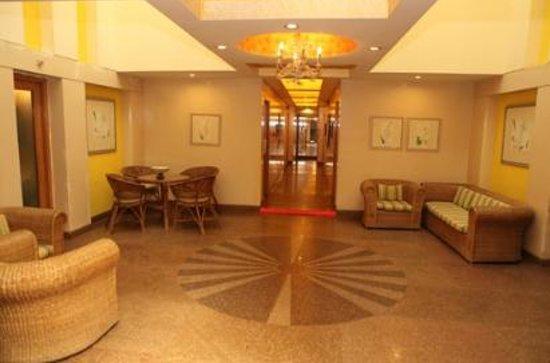 โรงแรมคอรัส: Corus Hotel