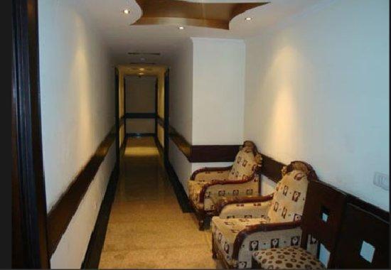 Parkland Prashant Vihar Hotel