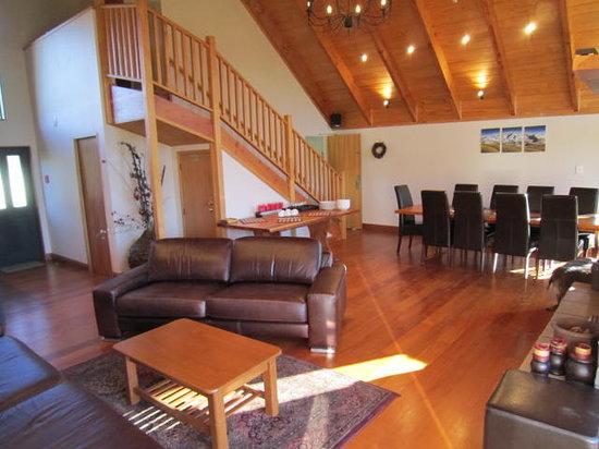 Waikene Lodge: Lodge lounge