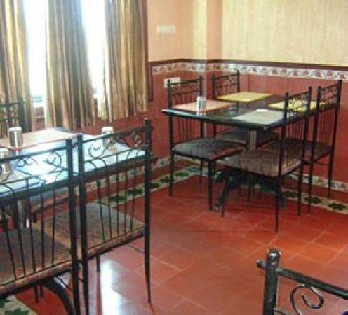 Erode, India: Iswariyaa Hotel